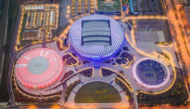 航拍光谷国际网球中心 璀璨似夜色之瞳