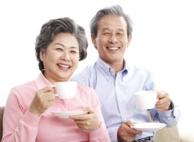 专家解释:新型冠状病毒感染重症多为老人且症状不典型